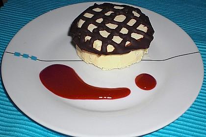 Marzipan - Parfait mit Himbeersauce 6
