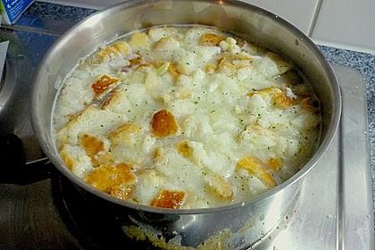 Brotpüreesuppe mit Kräutern 1
