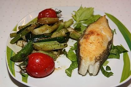 Tranchen vom schwarzen Heilbutt mit verschiedenen Gemüsen 1