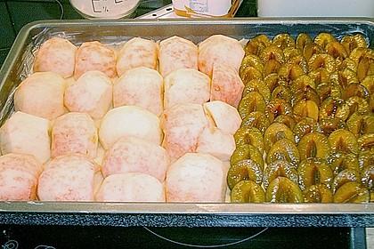 Gedeckter Obstblechkuchen 8