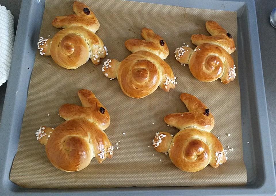 Süße Hefe Hasen Von Sunshinefranzi Chefkoch