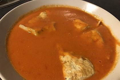Cremige Tomatensuppe mit Kokosmilch (Bild)