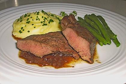 Hüftsteaks mit Rotwein - Zwiebel - Soße 1