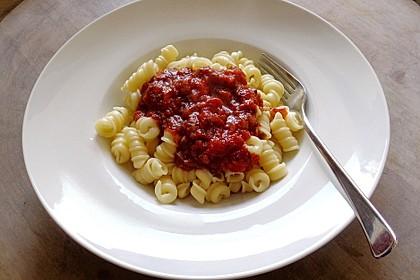 Schnelle Tomatensoße (Bild)