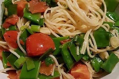 Spaghetti mit Zuckerschoten und Kirschtomaten 2