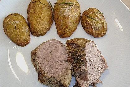 Schweinefilet im Kräuter - Knoblauch - Mantel 8
