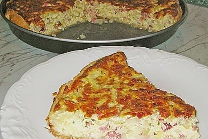 Speck - Zwiebel - Kuchen mit Blätterteig