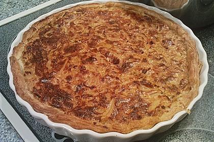 Speck - Zwiebel - Kuchen mit Blätterteig 2