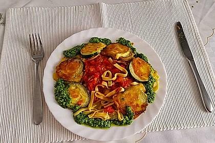 Zucchini – Piccata auf Tomatenkompott mit Rucolapesto und Nudeln 24