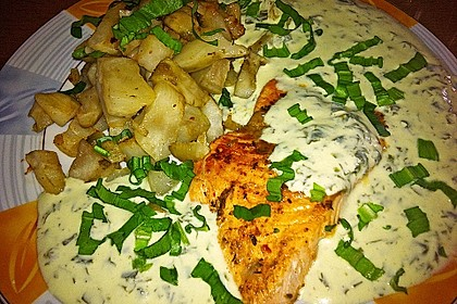 Gebratener Lachs auf Gnocchi mit Bärlauch - Frischkäse - Sauce 5