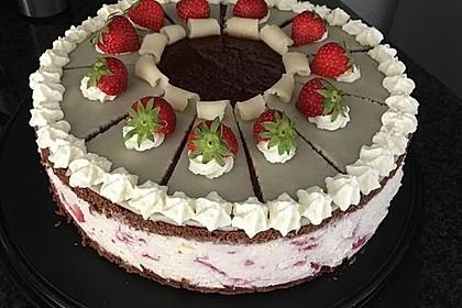 Erdbeer - Marzipan - Torte 21
