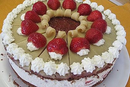 Erdbeer - Marzipan - Torte 9