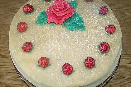 Erdbeer - Marzipan - Torte 15