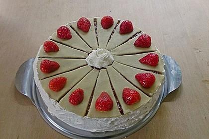 Erdbeer - Marzipan - Torte 22