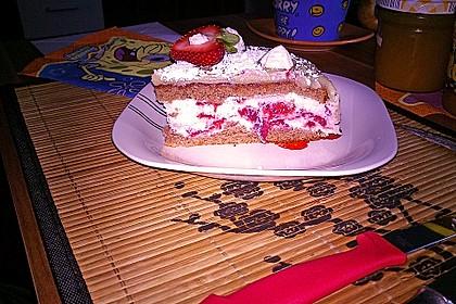 Erdbeer - Marzipan - Torte 25