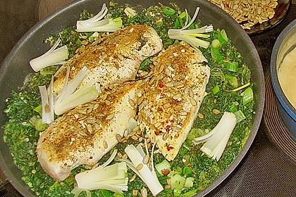 Hühnerbrust mit Spinat und Kräutersauce 1