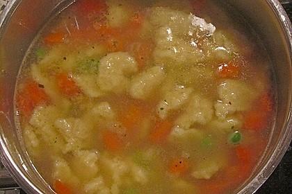 Schnelle Erbsensuppe mit Grießklößchen 34