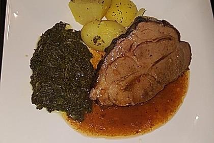 Krustenbraten vom Schwein mit Kartoffelpüree und Karamellsauerkraut 2