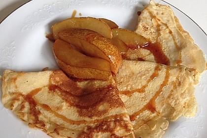 Crêpes mit heißen Birnen 6
