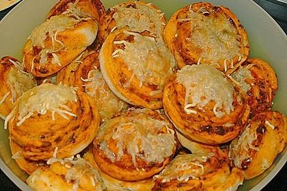 Mini - Pizzaschnecken 22
