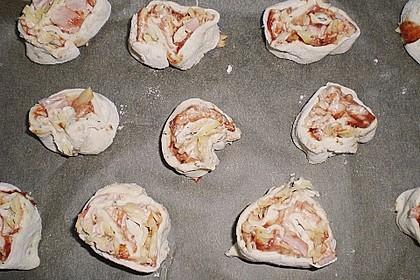 Mini - Pizzaschnecken 57