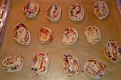 Mini - Pizzaschnecken 43