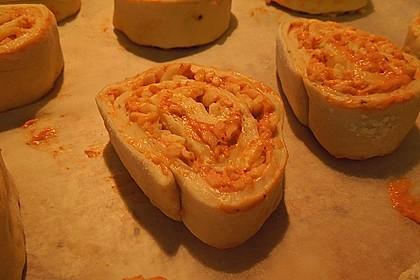 Mini - Pizzaschnecken 45