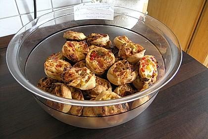 Mini - Pizzaschnecken 11