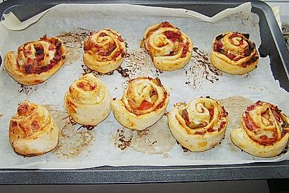 Mini - Pizzaschnecken 35