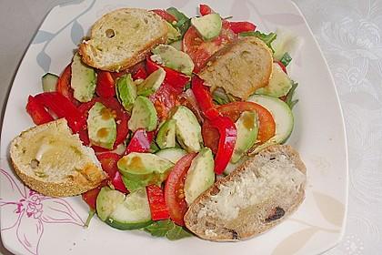 Sommertraum - Avocado - Brot - Salat 2