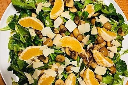 Salat mit Honigchampignons 54