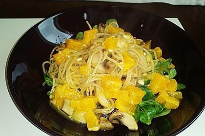 Salat mit Honigchampignons 69