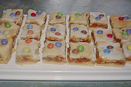 Apfelkuchen gedeckt (Bild)