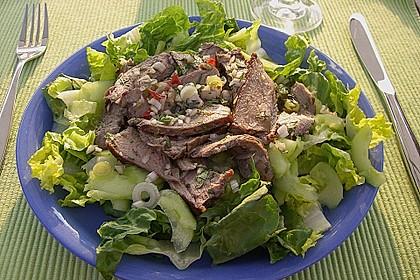 Pikanter thailändischer Rindfleischsalat 4