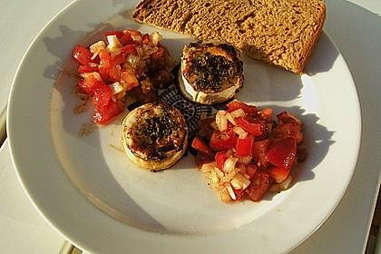 Überbackener Ziegenkäse mit Tomatensalat und Bauernbrot 2