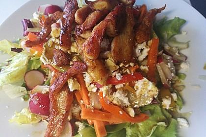 Bunter Salat mit scharfen Putenstreifen 19