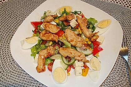 Bunter Salat mit scharfen Putenstreifen 5