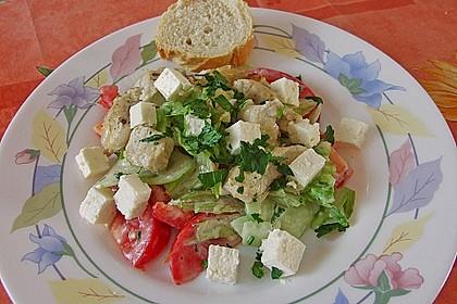 Bunter Salat mit scharfen Putenstreifen 16