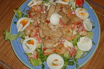 Bunter Salat mit scharfen Putenstreifen 23