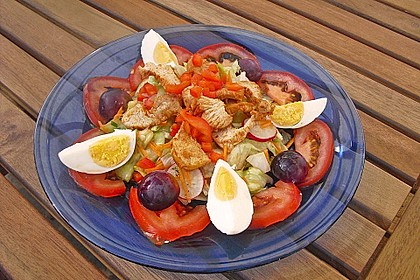 Bunter Salat mit scharfen Putenstreifen 9