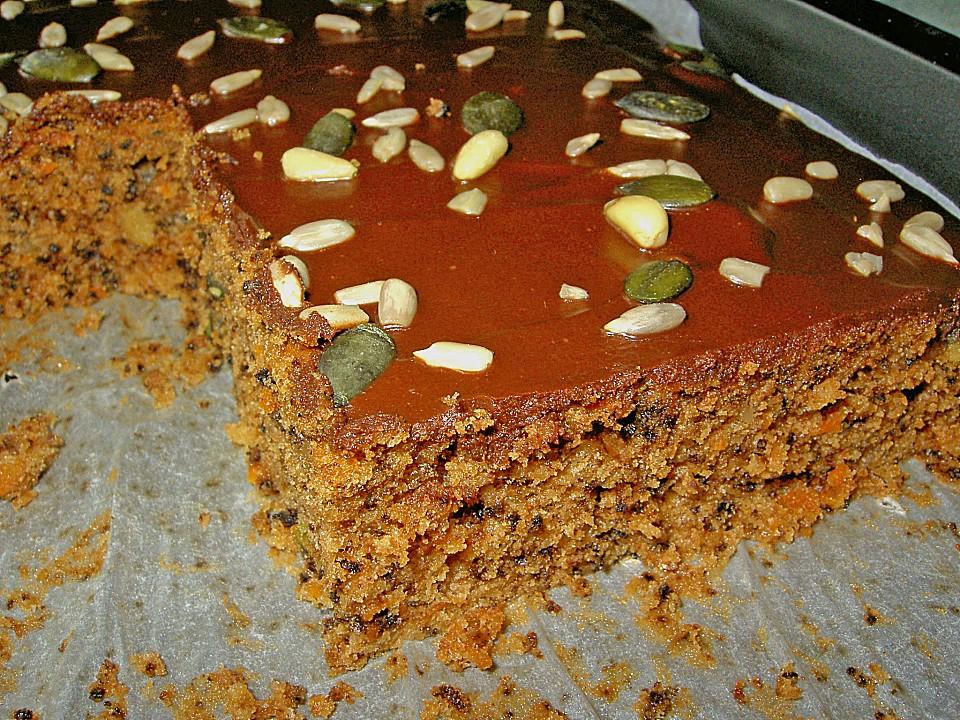 Zucchini Karotten Kuchen Mit Pinienkernen Von Stanze Chefkoch De