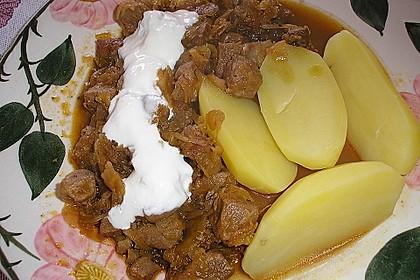 Szegediner Gulasch mit Kartoffeln 1