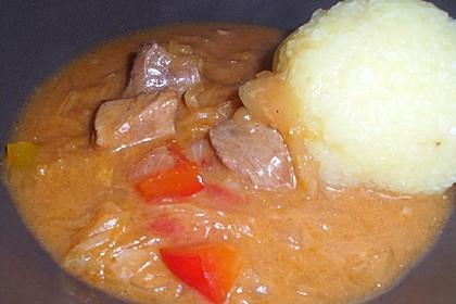 Szegediner Gulasch mit Kartoffeln 7