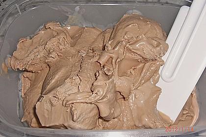 Cremiges Schokoladeneis 7