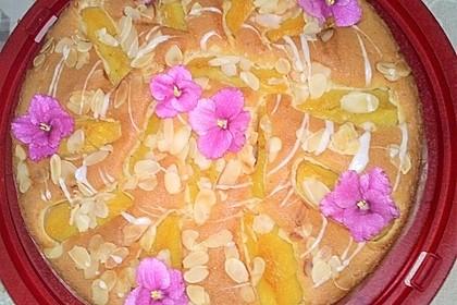 Saftiger Blechkuchen von Oma mit Pfirsich & Eierlikör (Bild)