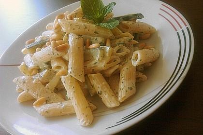 Zucchini - Kräuter - Nudeln 1