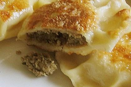 Piroggi mit Hackfleisch und Pilzen 2