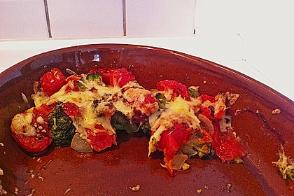 Überbackener Brokkoli mit Tomaten 13