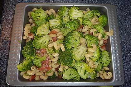 Überbackener Brokkoli mit Tomaten 12