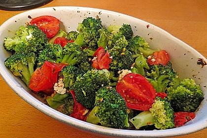 Überbackener Brokkoli mit Tomaten 5